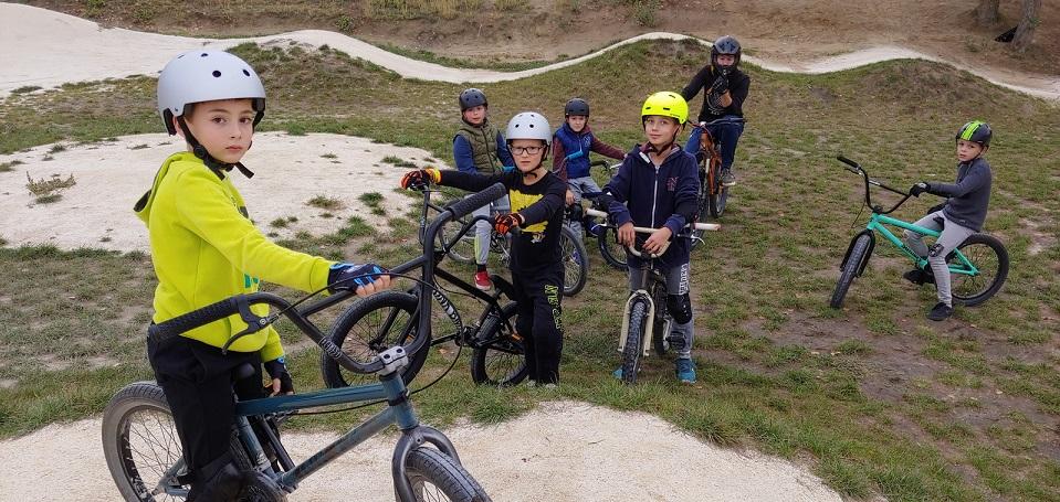 Bemutatjuk a kerékpáros szakosztályt